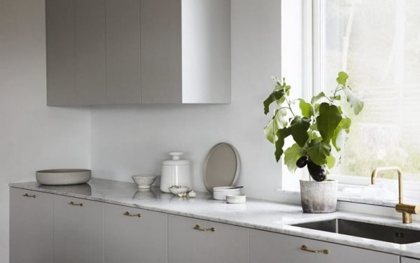 kitchen sink by window trends