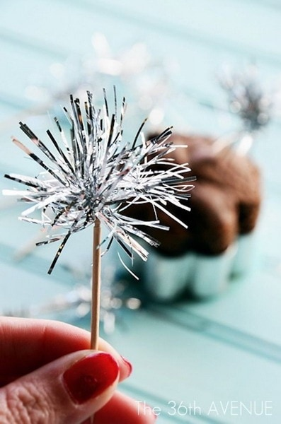 Ideas for DIY New Year's Eve Decorations