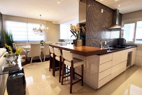 Choosing the Best Kitchen Floor 2021